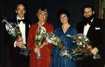 solister-host-1983